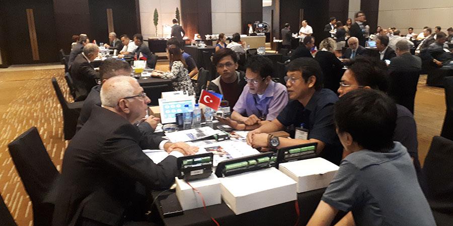 Filipinler - Malezya Sektörel Ticaret Heyeti
